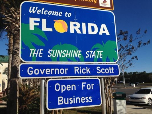 1390307764000-blue-fl-welcome-sign